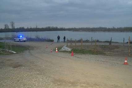 PRONAĐEN AUTOMOBIL Vozilo u Drini kod Bijeljine locirao dron, mladiću još ni traga