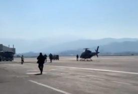 STIŽU VAKCINE IZ SRBIJE Dodik helikopterom sletio na aerodrom u Sarajevu, čeka se dolazak Vučića (VIDEO)