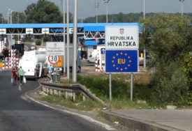 Vozači naoružajte se strpljenjem: Na graničnim prelazima u BiH i do 30 minuta čekanja