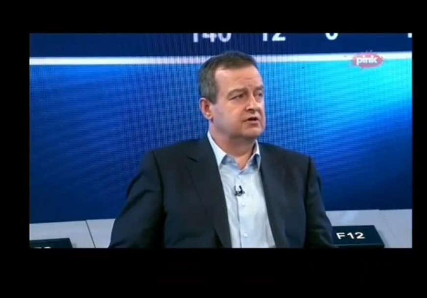 """""""On je iz Kur... KAKO SE SAD KAŽE?"""" Dačić se zbunio nakon odgovora voditeljke """"Pinka"""", a sve zbog Sebastijana Kurca (VIDEO)"""