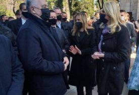 Cvijanovićeva razgovarala sa Krivokapićem: Vrijeme pred nama iskoristiti za njegovanje saradnje