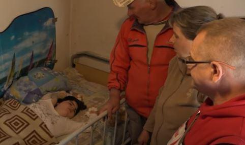 Patnja, bol i muke male Milice iz Banjaluke: Djevojčica (15) boluje od cerebralne paralize, porodici potrebna pomoć (VIDEO)