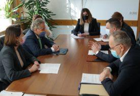 Ministar Lučić sa Satlerom: Neophodno da BiH donese strateške dokumente u oblasti ljudskh prava i antidiskriminacije