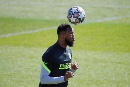 UŽASAN SNIMAK Musa Dembele se srušio na treningu Atletika