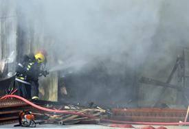 Velika materijalna šteta: Palio korov pa vatra zahvatila kuću