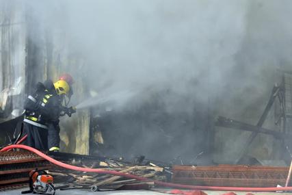 DRAMA U RUSIJI Veliki požar zahvatio sedam zgrada