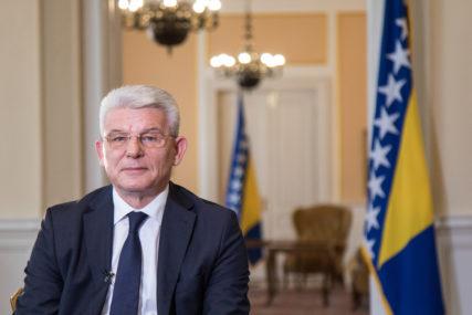 Džaferović i Satler saglasni: Fokus političkog djelovanja u BiH treba vratiti na borbu protiv korone