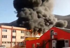 SPRIJEČENO ŠIRENJE VATRE Vatrogasci stavili pod kontrolu požar u Sarajevu