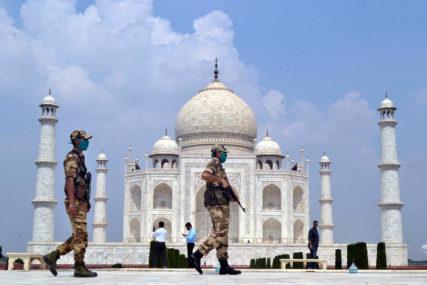 ČUVENI MAUZOLEJ U INDIJI Tadž Mahal evakuisan nakon dojave o bombi
