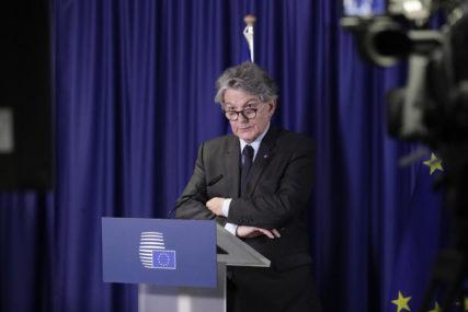 """""""UNAPREĐENJE GLOBALNE SARADNJE"""" Breton poručio da je u redu da članice EU nabave kineske i ruske vakcine"""