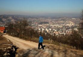 Apeli nisu URODILI PLODOM: Na kilometar od centra Banjaluke žive bez asfalta i rasvjete