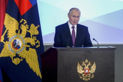 """""""KLJUČNA PREKRETNICA"""" Putin poručuje da je ulazak Krima u sastav Rusije jačanje države"""