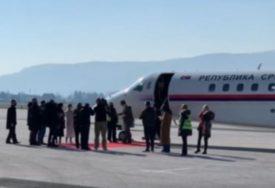 Vučić doputovao u Sarajevu sa donacijom vakcina protiv korone