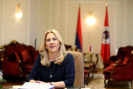 """""""JASNO JE DA ON DIJELI GRAĐANE"""" Cvijanovićeva poručila da Stanivuković zdravstvene radnike stavlja u drugi plan"""