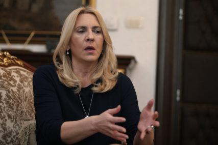 Cvijanović: Cilj republičkih vlasti je i povećati standard ZAPOSLENIH U PRIVATNOM SEKTORU