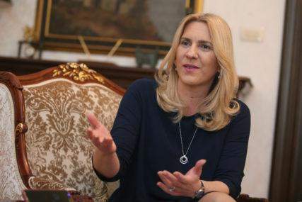 """""""Korektiv svakog demokratskog društva"""" Cvijanovićeva čestitala Dan slobode medija"""