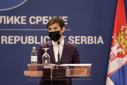 "Brnabićeva ponosna na veliki uspjeh ""Vakcinisan milioniti građanin u Srbiji"""