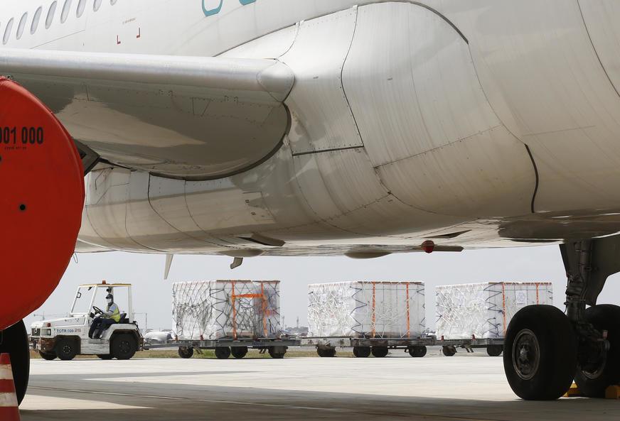 "KONSTATOVANE NEPRAVILNOSTI Avioni ""ToMontenegra"" nisu spremni za let"