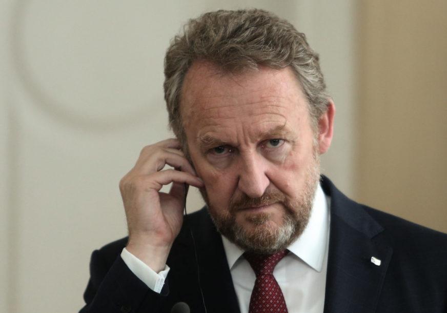 Izetbegović  nakon ostavke visokog predstavnika u BiH: Očekujem da će Šmit biti efikasniji od Incka