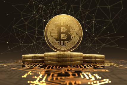 """PONOVO BLIZU """"MAGIČNE GRANICE"""" Rast vrijednosti Bitkoina se nastavlja, ali stručnjaci upozoravaju na jedan detalj"""