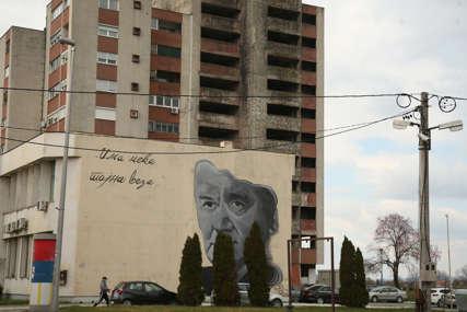 Kako je živio i od čega je umro autor najvećih eks-ju hitova: Prijatelji iz Sijekovca o Dušku Trifunoviću (FOTO, VIDEO)