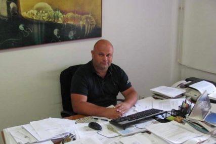 Hrabri policajac iz Srpca objašnjava kako je RIJEŠIO KRIZNU SITUACIJU: Naoružanog bombama i puškom ubijedio da se preda