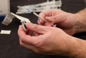 NOVE DOZE Stiglo još 104.130 Fajzerovih vakcina protiv korone