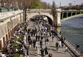 PREKRŠILI RESTRIKCIJE Vlasnik restorana u Francsuskoj uhapšen, više od 100 gostiju platilo kazne