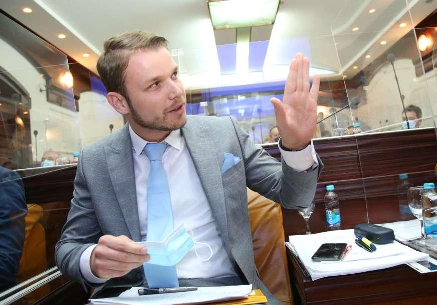 """""""Tražili su viski da nazdrave, jer su nasamarili Stanivukovića"""" Gradonačelnik o neusvajanju budžeta i svojim narednim potezima"""
