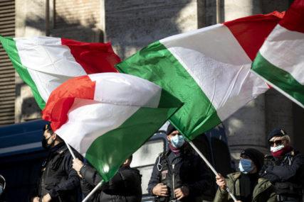 U Milanu predstavljen voz-bolnica: Spremni za slučaj novog VANREDNOG STANJA