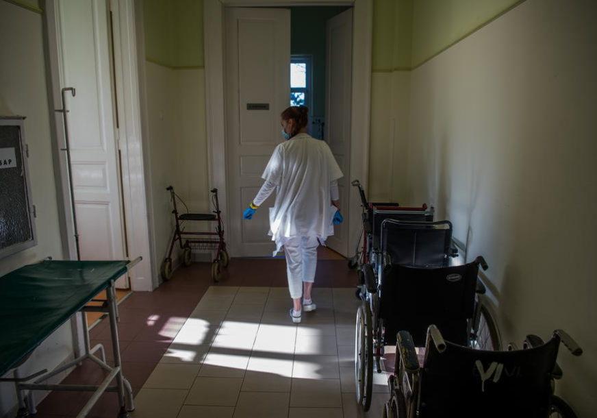 Srbija na udaru korone: U posljednja 24 časa preminulo 17 ljudi, registrovano još 3.866 zaraženih opasnim virusom