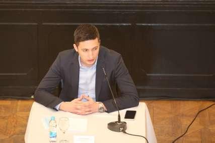 ODGOĐENA ZBOG EPIDEMIOLOŠKE SITUACIJE Ilić: Održavanje Skupštine bi bila loša poruka za građane