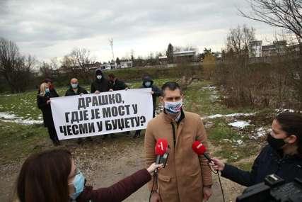 """Iz Ujedinjene Srpske pokrenuli inicijativu za izgradnju mosta u Česmi """"Želimo da utičemo na svijest onih koji upravljaju Gradom"""" (FOTO)"""