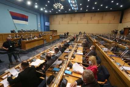 Jednostavnije u zaduživanje: Vlada Srpske ne mora da traži saglasnost za svaki dug