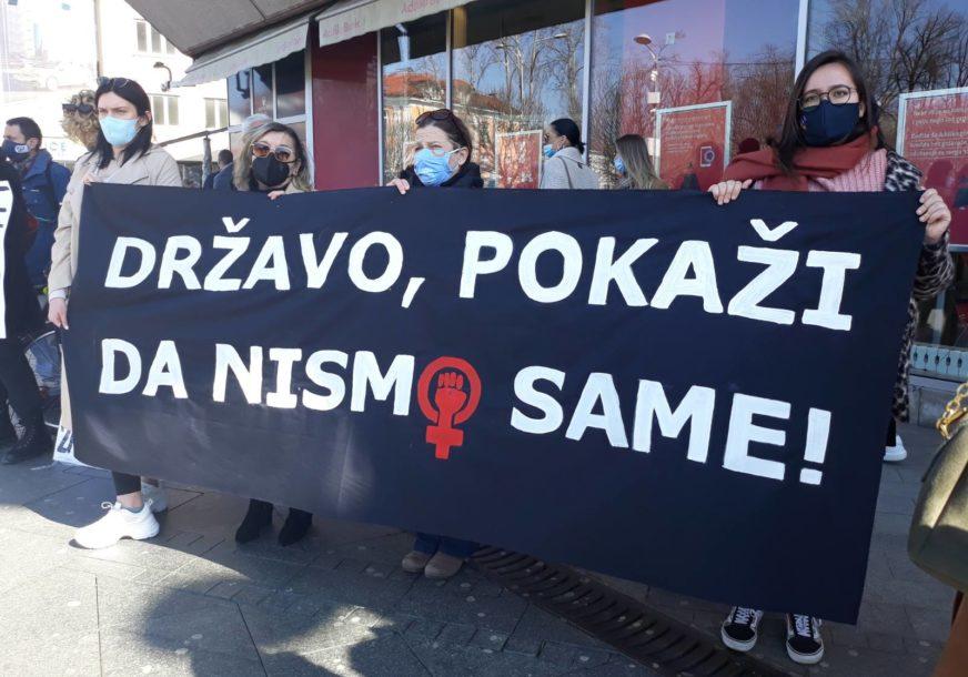 """""""Imaš li nokte, zašto se nisi branila"""" Poruke Osmomartovskog marša u Banjaluci"""