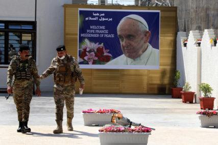 ZABRINUTI ZA BEZBJEDNOST Hiljade službenika angažovano radi zaštite pape Franje u Iraku