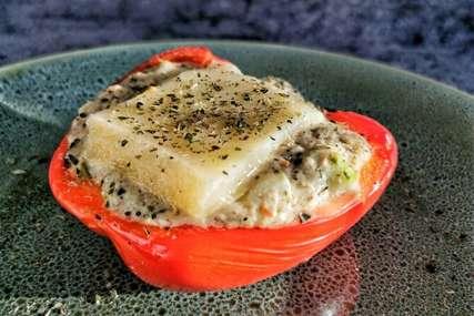 Paprike punjene tunjevinom: Jednostavan obrok koji ćete u trenu pojesti