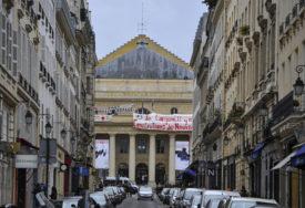 TRAŽE POMOĆ VLADE Umjetnici u Parizu zauzeli kultno pozorište Odeon