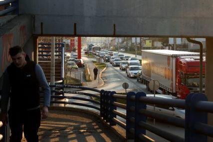 Pojačana frekvencija saobraćaja na putevima i graničnim prelazima