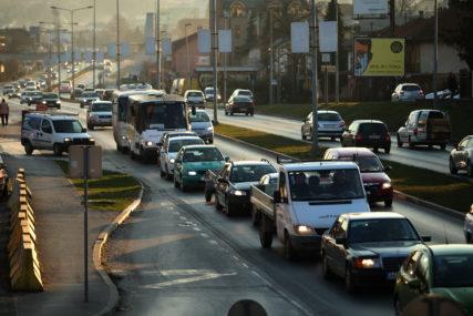 REKORDER SARAJLIJA Vozači u BiH duguju oko 73 miliona KM za kazne