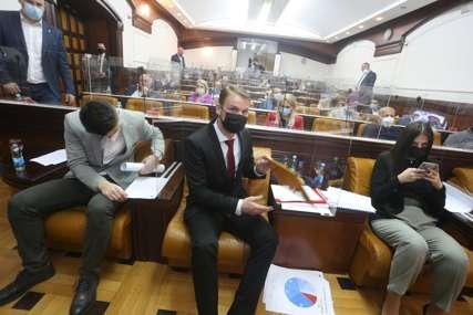 NASTAVLJENA RASPRAVA O BUDŽETU Stanivuković: Ako se usvoje amandmani, oni za mene kao gradonačelnika nisu obavezujući (FOTO)