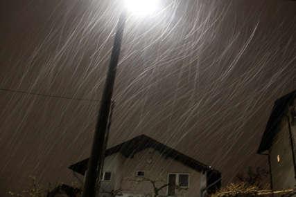 PAD TEMPERATURE Sutra snijeg i kiša