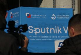 """""""UMIRU ZA SVOJ NOVAC"""" Šef centra koji je napravio """"Sputnjik V"""" tvrdi da je oko 80 odsto Rusa kupilo potvrde o vakcinaciji"""