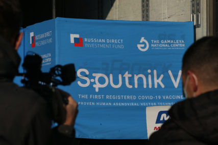 Sutra u Srpsku stižu nove doze ruskih vakcina: Iz Vlade najavljuju i još 80.000 kineskih