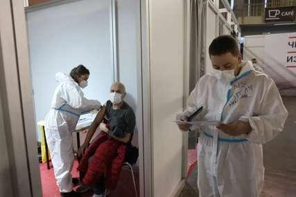 Manje umrlih, manje zaraženih: Korona virus u Srbiji usporava, trenutno na bolničkom liječenju 301 pacijent