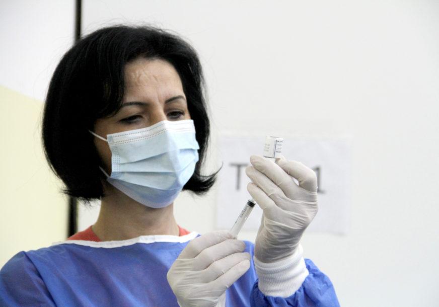 """""""Doprinesimo poboljšanju epidemiološke situacije"""" U Doboju i danas vakcinacija bez zakazivanja"""