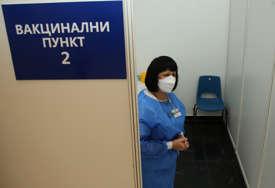 BEZ ZAKAZIVANJA TERMINA Na Banjalučkom velesajmu danas vakcinisano 446 građana starijih od 65 godina