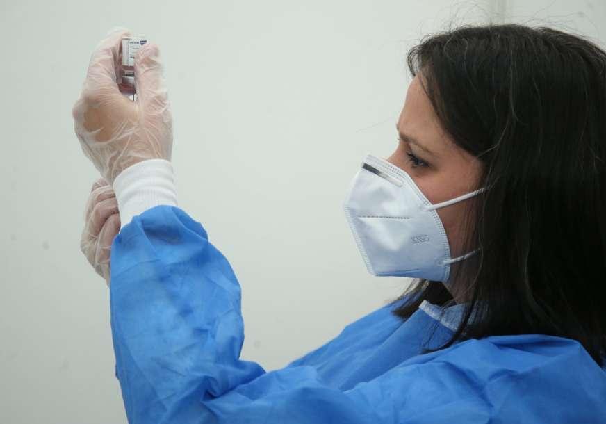 IMUNIZACIJA U LIVANJSKOM KANTONU Vakcinisano oko 1.500 građana, u Drvaru 152