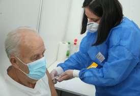 Kovaks ima cilj da isporuči TREĆINU MILIJARDE vakcina protiv kovida do sredine godine