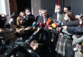 RUSKA ILI KINESKA Višković poručio da će se vakcinisati